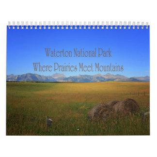 Montañas de la reunión de las praderas del parque calendarios