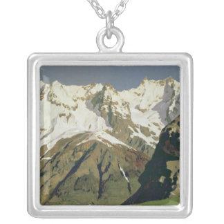 Montañas de Mont Blanc, 1897 Colgante Cuadrado