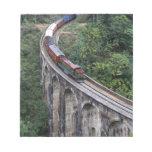 Montañas de Sri Lanka del puente de travesía del t Bloc De Notas
