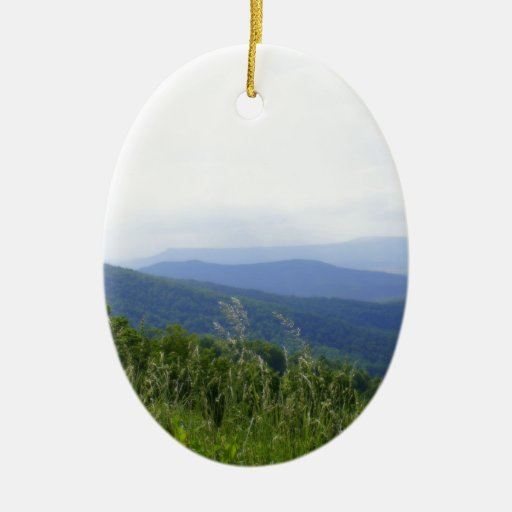 Montañas de Virginia Adorno Navideño Ovalado De Cerámica