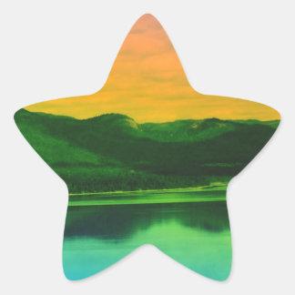 Montañas del arco iris y agua Canadá de la costa Pegatina En Forma De Estrella