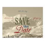 Montañas del vintage: Ahorre la fecha personalizan Postal