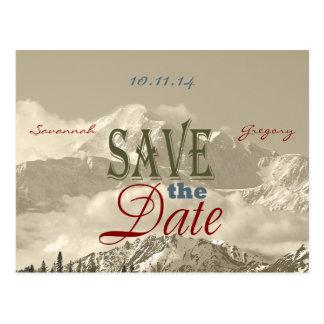 Montañas del vintage: Ahorre la fecha personalizan Postales
