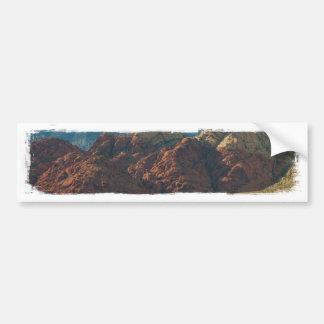 Montañas en el desierto etiqueta de parachoque