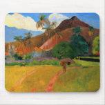 Montañas en Tahití Gauguin que pinta colorido cali Alfombrillas De Ratones