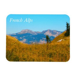 Montañas francesas iman de vinilo