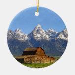 Montañas magníficas de Teton Adorno Navideño Redondo De Cerámica