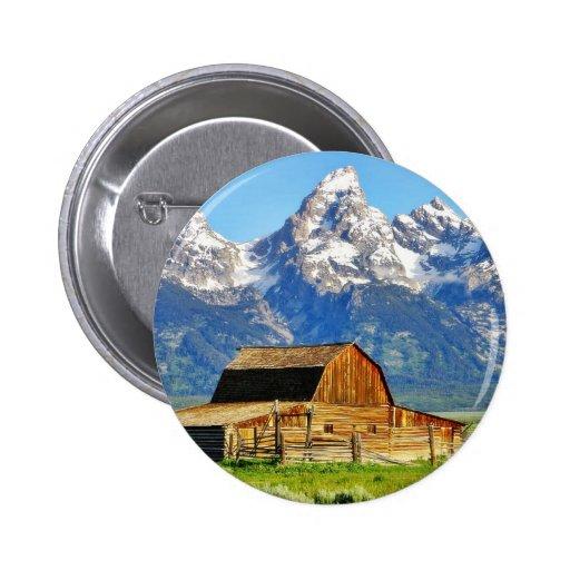 Montañas magníficas de Tetons de los graneros Pin