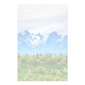 Montañas majestuosas de Alaska Personalized Stationery