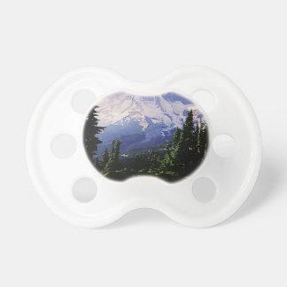 montañas nevosas chupete