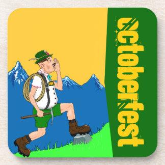 Montañas Octoberfest de los modos de cantar de los Posavasos De Bebida