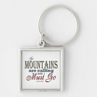 Montañas que llaman la cita de la tipografía - llavero cuadrado plateado