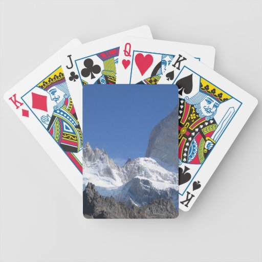 Montañas rocosas barajas de cartas