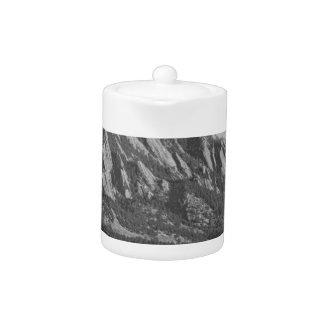 Montañas rocosas Flatirons de Colorado con la cubi