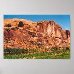 Montañas rojas de la roca en Utah Poster