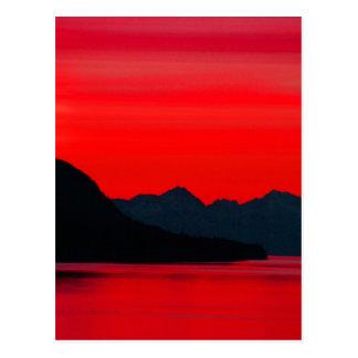Montañas y mar - puesta del sol y alpineglow, tarjeta postal