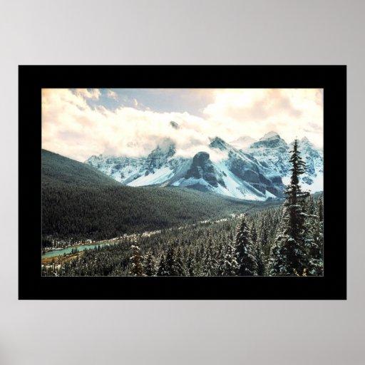 Montañoso [marco completo] posters