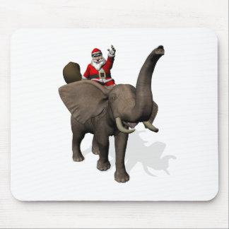 Montar a caballo de Papá Noel en elefante Alfombrilla De Ratón