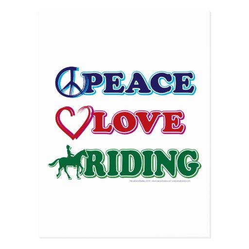 Montar a caballo del amor de la paz tarjeta postal