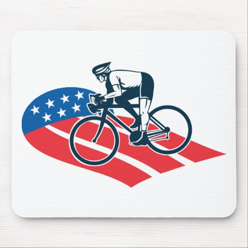Montar a caballo del ciclista que compite con la e tapetes de ratones