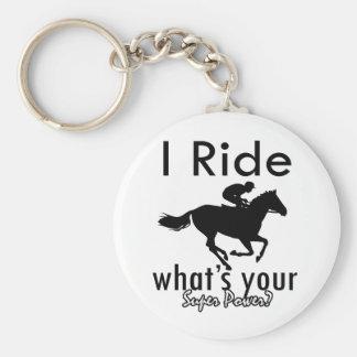 Montar a caballo I cuál es su superpoder Llavero Redondo Tipo Pin