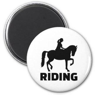 Montar a caballo imán redondo 5 cm