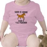 monte a un preparador de impuesto traje de bebé