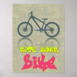 Monte su bici posters