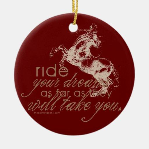 Monte sus sueños adorno navideño redondo de cerámica