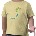 Monte una bici camiseta