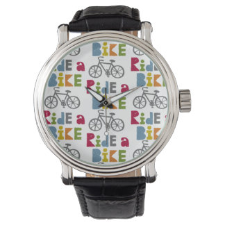 Monte una tierra de la bici relojes de pulsera