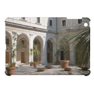 Montecassino, patio de la abadía