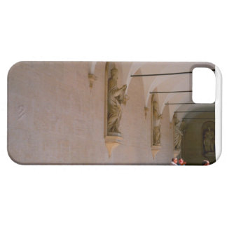Montecassino, Statues in the cloister iPhone SE/5/5s Case