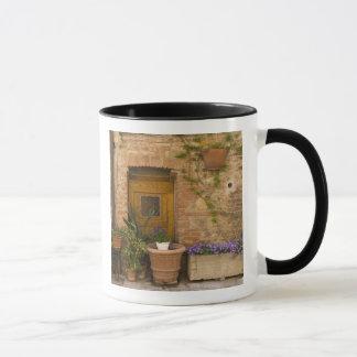 Montefollonico, Val d'Orcia, Siena province, 2 Mug