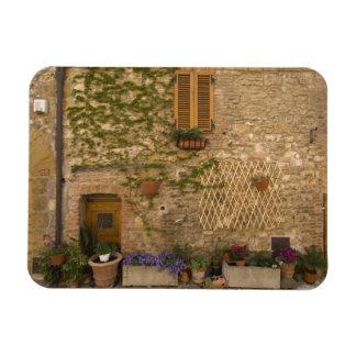 Montefollonico, Val d'Orcia, Siena province, Magnet