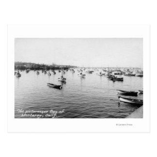 Monterey, CA - bahía con centenares de barcos de Postal