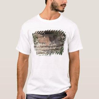 'Montezuma castle Pueblo Village Indian Ruins, T-Shirt