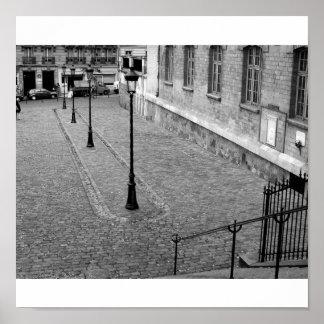 Montmartre Courtyard Poster