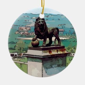 Montón del león en el campo de batalla de Waterloo Adorno Navideño Redondo De Cerámica