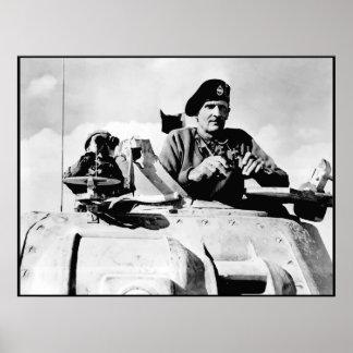 Monty en un tanque -- Frontera Poster
