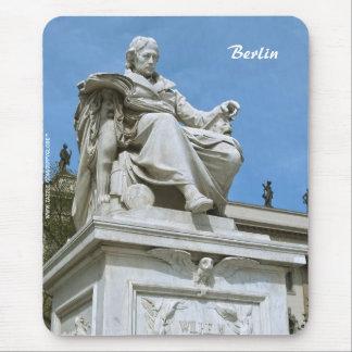 Monument to Wilhelm von Humboldt in Berlin Mousepad