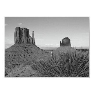 Monument Valley in Arizona/Utah (black and white) 5x7 Paper Invitation Card