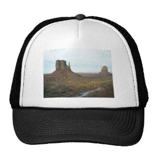 Monument Valley scene 04 Trucker Hat
