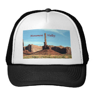 Monument Valley, Totem Pole, Utah, USA (caption) Trucker Hat