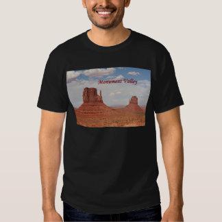 Monument Valley, Utah, USA (caption 1) T Shirt