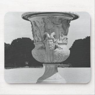Monumental vase mouse pad