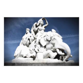 """Monumento de Albert Folleto 5.5"""" X 8.5"""""""