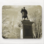Monumento de la guerra civil, cuadrado central, Ke Tapetes De Raton