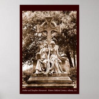 Monumento de la madre y de la hija póster