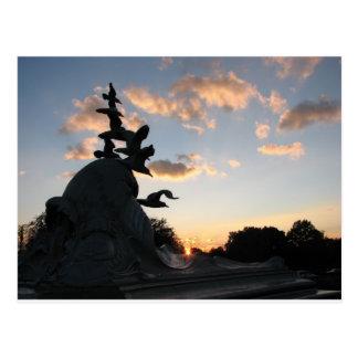 Monumento de la marina mercante de la marina de tarjeta postal